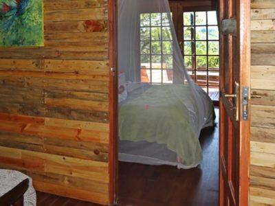 louries-nest-lounge-to-bedroom-2